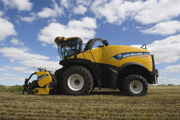 New Holland  | FR Forage Cruiser SP Forage Harvesters | Model: FR850 for sale at Bingham Equipment Company, Arizona