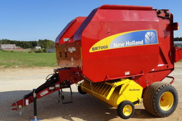 New Holland | Roll-Belt Round Balers | Model: BR7060 (PRIOR MODEL) for sale at Bingham Equipment Company, Arizona