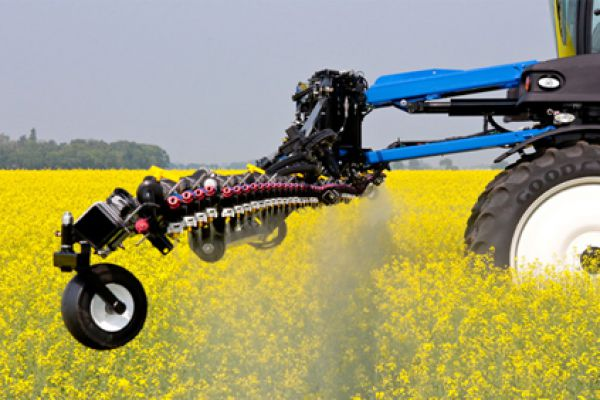 New Holland  | Guardian Front Boom Sprayers | Model SP.333F (PRIOR MODEL) for sale at Bingham Equipment Company, Arizona